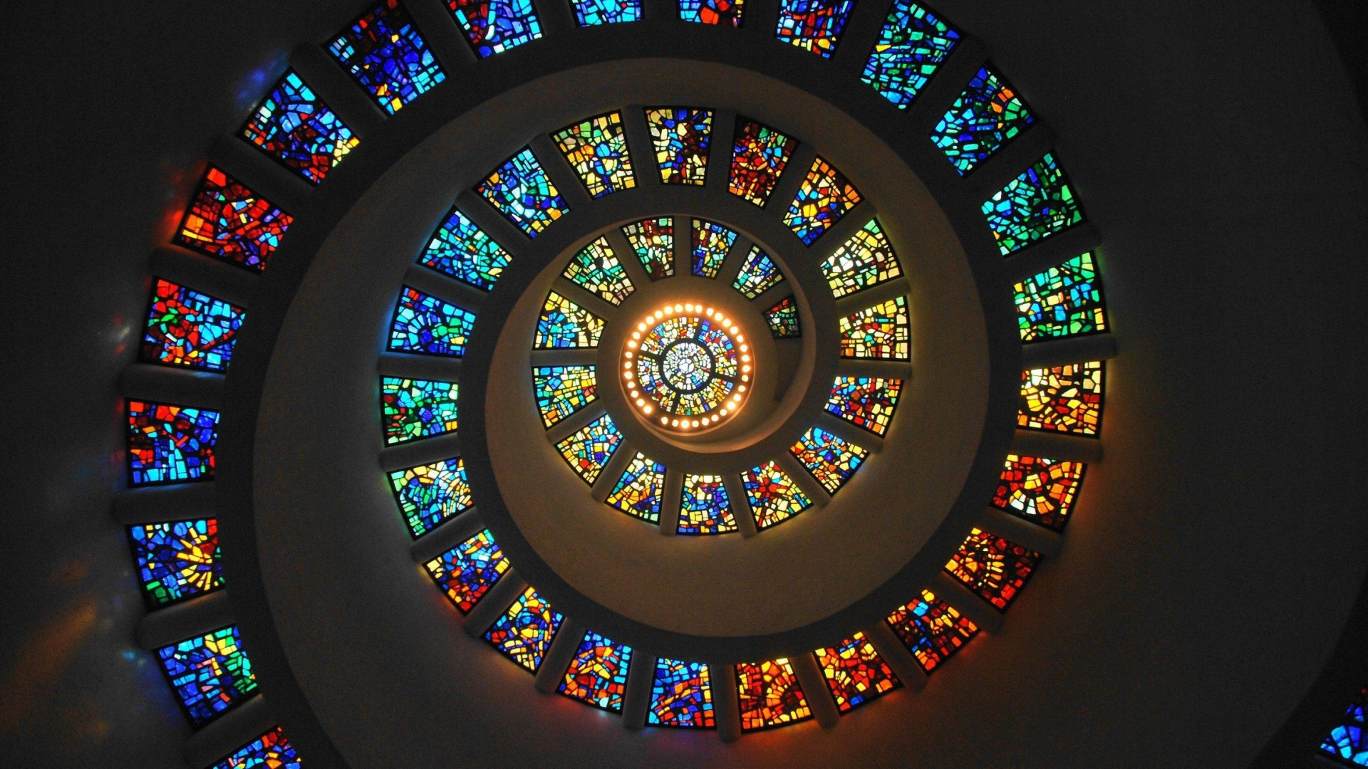 spiral_stained_glass_1920x1080_50358